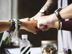 Divide y perderás - La Cultura del Compromiso